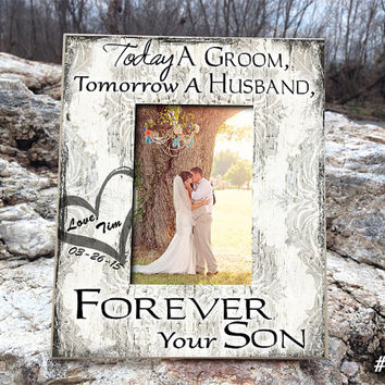 """TOD/GR: 8""""x10"""" Holds 4""""x6"""" Photo Parents Wedding Gift Parents of the Groom Father of the Groom Gift Mother of the Groom Gift Thank You Gift"""