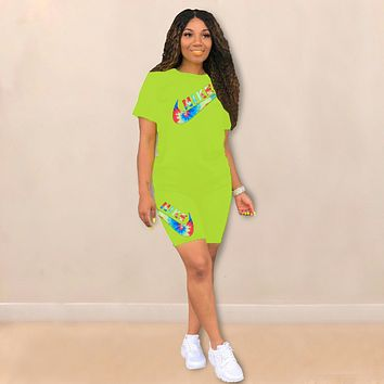 Nike Womens Two Piece T-Shirt and Shorts Set Clothing K8037