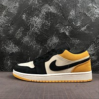 Air Jordan 1 Low University Gold