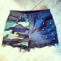 Army Green Camo High Waisted Shorts by ShortsNBowsNSuch on Etsy