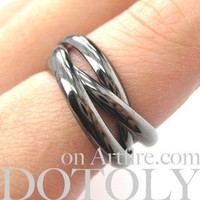 Classic Three Connected Rings Linked into One in Gunmetal Silver | Sizes 6 to 9 Available