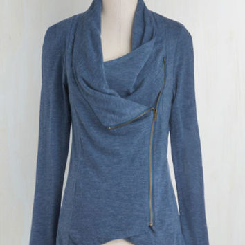 Travel Mid-length Long Sleeve Airport Greeting Cardigan in Blue