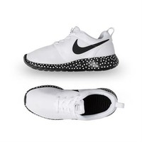 Nike Women's Roshe Run Print - White | Platypus Shoes