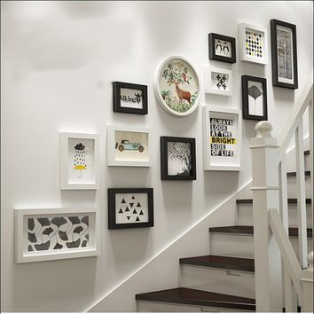 Modern Multi-Frame Picture Gallery / Wall Collage