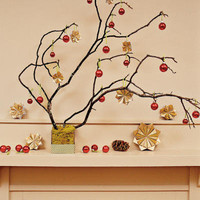 Star-Studded Branch < Merry Mantels Under $10! Photo gallery - Southern Living