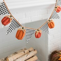 Gingham Flag and Pumpkin Pennant Banner