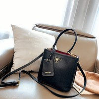 Fashion PRADA Women Leather monnogam Handbag Crossbody bags Shouldbag Bumbag