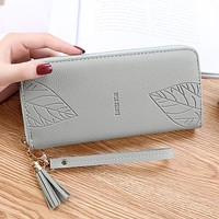 Womens Wallets and Purses PU Leather Wallet Female Wristband Leaf Print Long Women Purse Large Capacity Bag Women Wallet