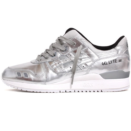 Image of Gel-Lyte III 'Holiday Champagne' Sneakers Silver / Silver