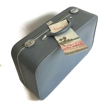 Vintage Mid Century Suitcase 1960's Amelia Earhart Light Blue with Silver Metal Hardware Quilted Interior Home Decor Mid Century Luggage