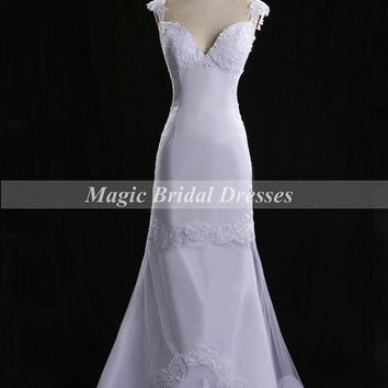 Princess Lace Wedding Dress 2015 Women Dreaming Wedding Gown A-line Long Bridal Gowns with Court Train Fine Tulle with Embroidery Lace