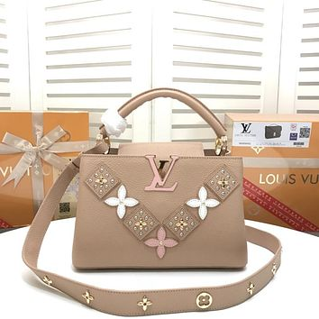 LV Louis Vuitton WOMEN'S LEATHER Capucines Flower Smile HANDBAG INCLINED SHOULDER BAG