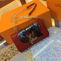 LV Louis Vuitton OFFICE QUALITY EPI LEATHER CHAIN INCLINED SHOULDER BAG