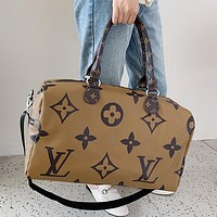 Louis Vuitton LV Classic Pillow Bag Travel Bag Men's Handbag Ladies Shoulder Bag
