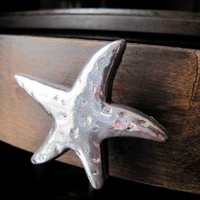 Starfish drawer knobs in silver metal