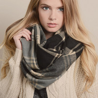 Mosaic Plaid Warming Knitted Scarf