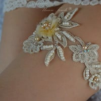 Light Gold Beaded Lace Wedding Garter, Lace Garter, Toss Garter, Keepsake Garter, Champagne garter, garters