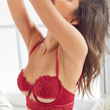 Out From Under Gardenia Underwire Bra | Urban Outfitters