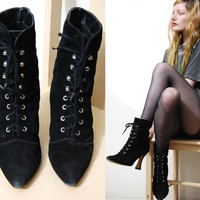 90s Vintage SUEDE BOOTS Leather Black WITCHY Booties Hook Lace-up Ankle Pointed Pointy Goth Gothic Vamp High Heel Shoes Womens 8