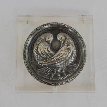 Vintage Lucite Compact, Coro 1940s, Sterling Silver Medallion, Pair of Lovebirds, Clear Lucite Case, Vintage Vanity