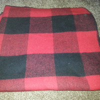 """Vintage Marlboro Country Store Black and Red Wool Blanket - Made in USA - 58"""" x 70"""""""