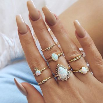 White Pearl Crystal Carved Gold Ring Set
