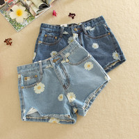 2016 kawaii women's chrysanthemum daisy roll-up irregular hem denim female ulzzang pants and jeans shorts for women