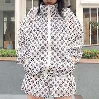 LV Louis Vuitton Summer new full-body letter printing sunscreen clothing jacket female + high waist shorts two-piece