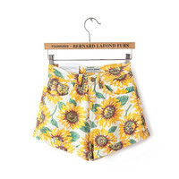 Women's Sunflower Shorts [7279008327]