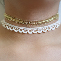 20% OFF SPRING SALE- 90's soft grunge inspired white or gold choker necklace