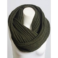 Warm Welcome Scarf | Olive
