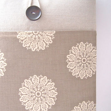 Laptop Sleeve 13 inch Laptop Case 13 Ultrabook Sleeve or MacBook Pro - Linen and Lace