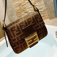 Fendi Explosion Crossbody Bag Evening Bag Double F Presbyopia Series Coffee