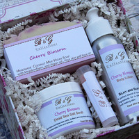Bath and body products gift box- Vegan Soaps- Lotions- Scrub- Mothers day Gift box- Ready to ship