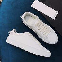 Givenchy Classic color matching small white shoes-2