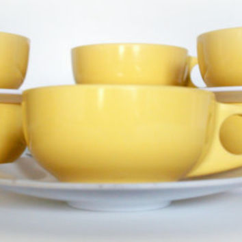 RETRO YELLOW VINTAGE Coffee Cups- Set of 8 with saucers - Mid Century Modern - Kitchen Mugs - Melmac Melamine - Harmony House Catalina - Mod