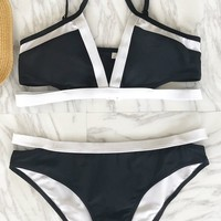 Cupshe Charming Model Black-and-white Bikini Set