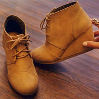 Desert Wedge Booties - Natural