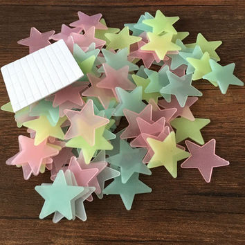 100pcs Wall Decals Glow In The Dark Nursery Room Color Stars Luminous Fluorescent Wall Stickers for Kids Rooms Home Decor