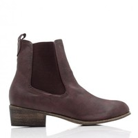 Chelsea Ankle Boot In Brown