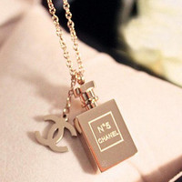High quality perfume bottles necklace, 18 k rose gold N * 5 perfume bottles necklace, the most popular with the girls of the necklace