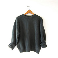 Vintage army green sweater. Cropped sweater. Boxy pullover. ribbed knit sweater.