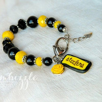 pittsburgh steelers NFL inspired team spirit charm bracelet in black and yellow