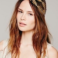 Heart of Gold Womens Queen Of The Forest Fern Leaf Crown - Gold One