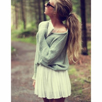 Hollow out bat sleeve sweater