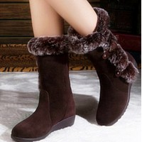The new type of warm boots with metal decorative sleeve shoes
