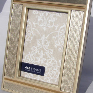 5 x 7  Photo Frame Gold Glass Metal Picture Frame Unisex Neutral Decor