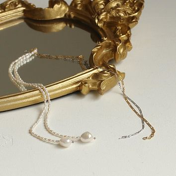 Arya Pearl Necklace
