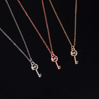New Arrival Gift Jewelry Shiny Stylish Accessory Simple Design Strong Character Pendant Alphabet Necklace [8573755405]
