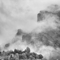 """""""The mountains are calling to me"""". BW. Square by Guido Montañés"""